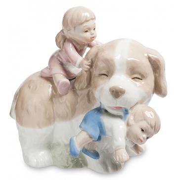 Фарфоровая статуэтка «Добрый друг»