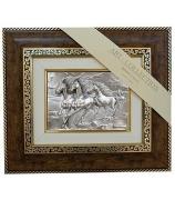 Подарочная картина «Бегущие кони»