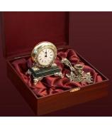 Подарочный набор: часы + подсвечник
