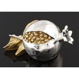 Посеребренный сувенир «Гранат с золотым листочком»