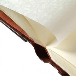 Кожаный фотоальбом «Свадебный букет»