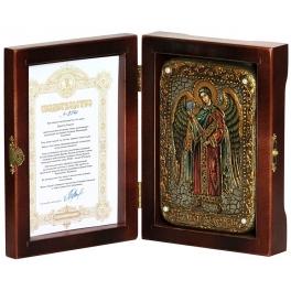 Икона «Петр и Феврония» на дубовой доске в деревянной шкатулке.