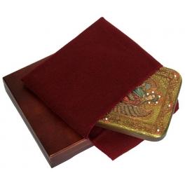 Икона «Архангел Гавриил» с номерным Свидетельством в подарочной шкатулке.