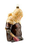 Елочная игрушка «Девочка с лопаткой»