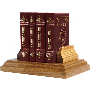 Набор миниатюрных кожаных книг: Евангелие от Матфея, Евангелие от Марка, Евангелие от Луки, Евангелие от Иоанна.