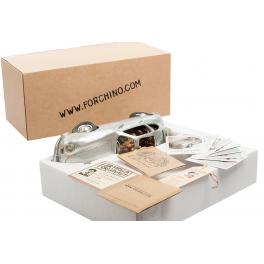Авторская статуэтка Форчино «Деловая поездка» в фирменной упаковке.