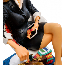 Коллекционная статуэтка Форчино «Бизнес-леди»/ The Businesswoman, Forchino