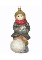 Ёлочная игрушка «Мальчик на снежном коме»
