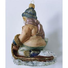 Стеклянная ёлочная игрушка «Мальчик на санках», 12 х 10 см