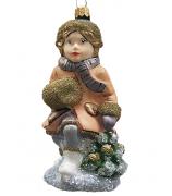 Ёлочная игрушка «Девочка с муфтой на коньках»