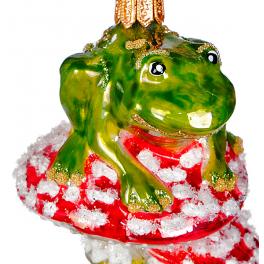 Стеклянная ёлочная игрушка «Две лягушки на мухоморе», 8,5х5,5 см