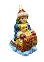 Ёлочная игрушка «Мальчик на санках»