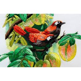Вышитая шелковыми нитями картина «Две птички на персиковом дереве», ручная работа