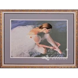 Вышитая шелковыми нитями картина «Балерина»