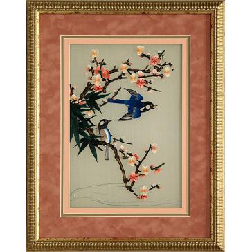 Вышитая шелковыми нитями картина «Сойки у цветущей веточке», авторская работа