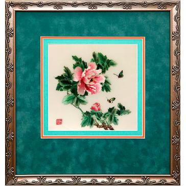 Вышитая шелковыми нитями картина «Пионы Мон амур»