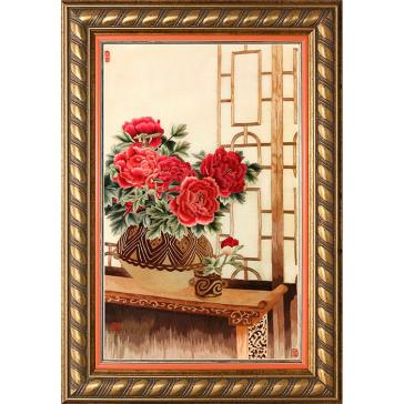 Вышитая шелковыми нитями картина «Пионы в вазе»