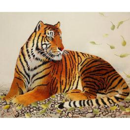 Вышитая шелковыми нитями картина «Благородный тигр» в интерьерный раме
