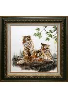 Шелковая картина «Три тигрёнка»