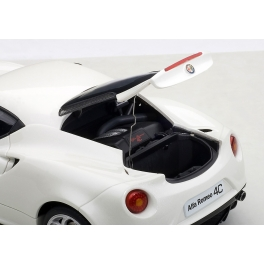 Масштабная модель автомобиля «ALFA ROMEO 4C»