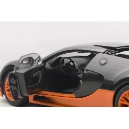 Модель автомобиля «BUGATTI VEYRON 16.4 SUPER SPORT (Carbon black/Orange skirts) 2010»