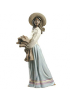 Фарфоровая статуэтка «Девушка с колосьями»