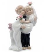 Фарфоровая статуэтка «Детишки-молодожены»