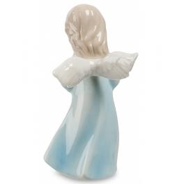 Фарфоровая статуэтка «Ангел с цветами»