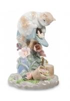 Фарфоровая статуэтка «Пушистый почтальон»