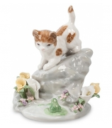 Фарфоровая статуэтка «Играющий котенок»