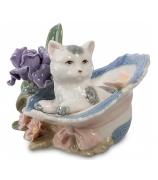 Фарфоровая статуэтка «Котенок в шляпе»