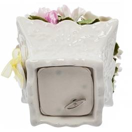 Музыкальная фарфоровая статуэтка «Цветы»