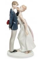 Фарфоровая статуэтка «Жених и невеста»