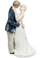 Фарфоровая статуэтка «Поцелуй любви»