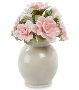 Фарфоровый сувенир «Вазочка с розами»