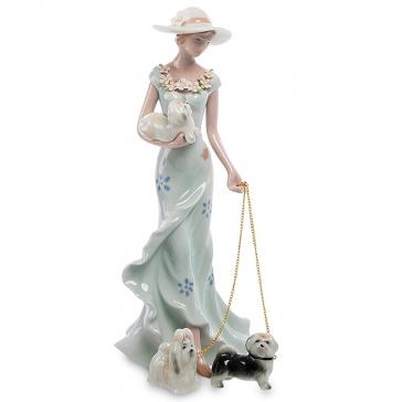 Фарфоровая статуэтка «Девушка с собачками», высота 23 см