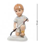 Фарфоровая статуэтка «Игра в хоккей»