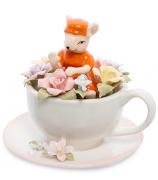 Фарфоровая статуэтка «Мышка в цветочной чашке»