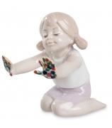 Фарфоровая статуэтка «Юная художница»