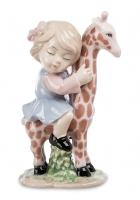 Фарфоровая статуэтка «Верхом на жирафе»