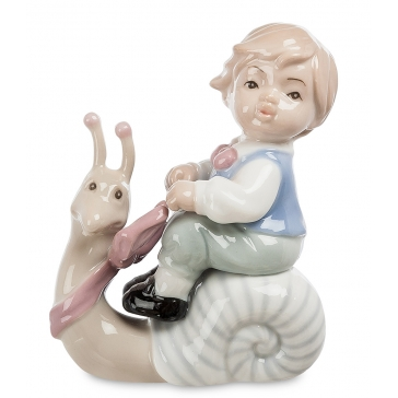 Фарфоровая статуэтка «Верхом на улитке»