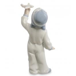 Фарфоровая статуэтка «Хочу стать лётчиком»