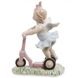 Фарфоровая статуэтка ручной работы «Ангелочек на самокате»