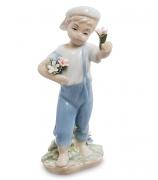 Фарфоровая статуэтка «Юный садовник»