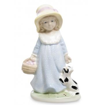 Фарфоровая статуэтка «Девочка с котёнком»
