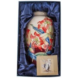 Фарфоровая ваза для цветов «Лилия»