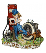 Статуэтка «Кипит работа на бензоколонке»