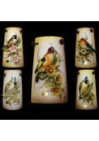 Миниатюрное панно «Птичка в цветах»