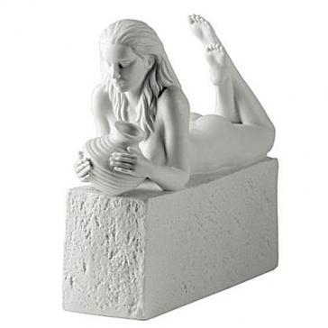 Фарфоровая статуэтка «Водолей» (цвет белый)