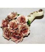 Фарфоровая статуэтка «Изобилие роз»